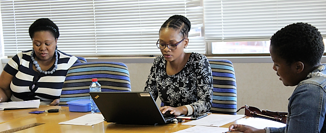 Thandiwe Madonda interviews students